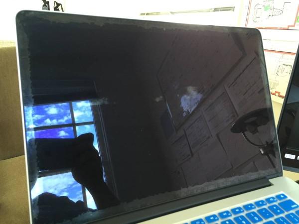 retina macbook pro display stains 3