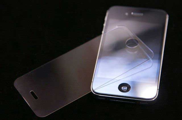 sapphire displays for iPhone