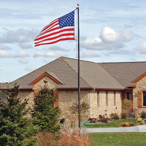 business or company, market your business, flagpole light, quality flagpole, solar powered