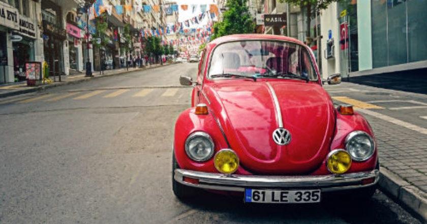 smart car, dash cam, Bluetooth Music, GasBuddy, parking
