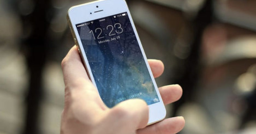 second-hand phone, second-hand phones, Cost savings, Return Policy, buying a second-hand phone,