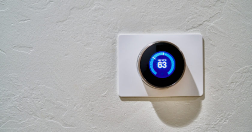 Top 3 Hi-Tech Devices You Should Have In Your Home, smart home automation, smart home, energy bills, smart thermostat