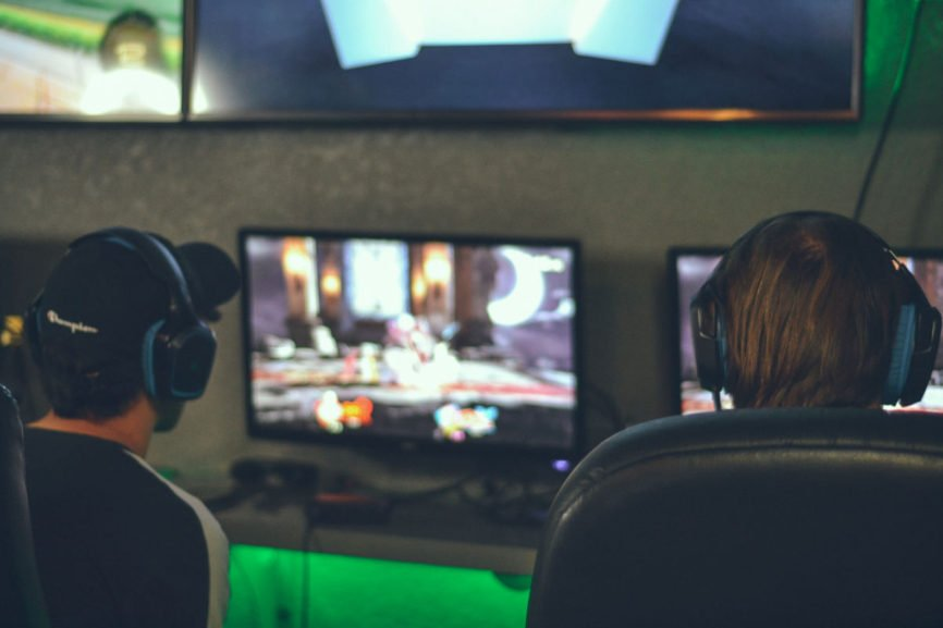 is-gambling-on-video-games-legal, video games, video game tournaments, gambling loss recovery, video game,