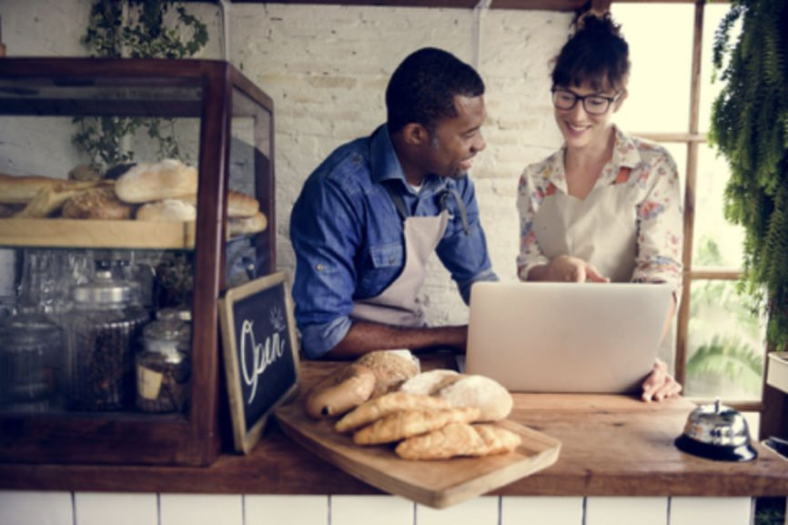 small business, social media accounts, small business owners, Modern Tech, Small Businesses Struggle