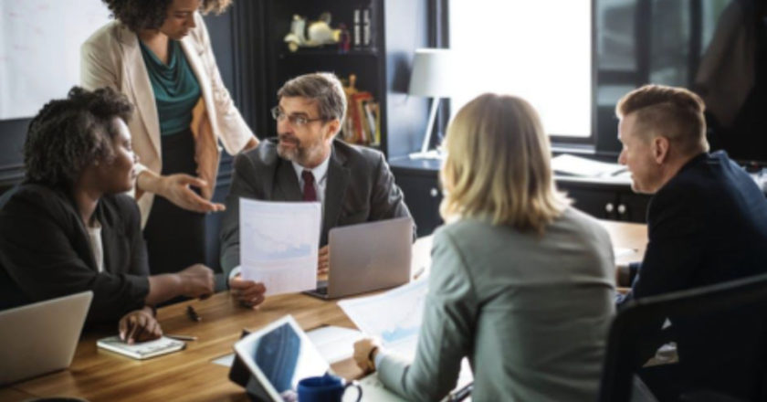 hosting successful meetings, Eliminate Distractions, Successful Meetings, how to host successful meetings, Eliminate Distractions