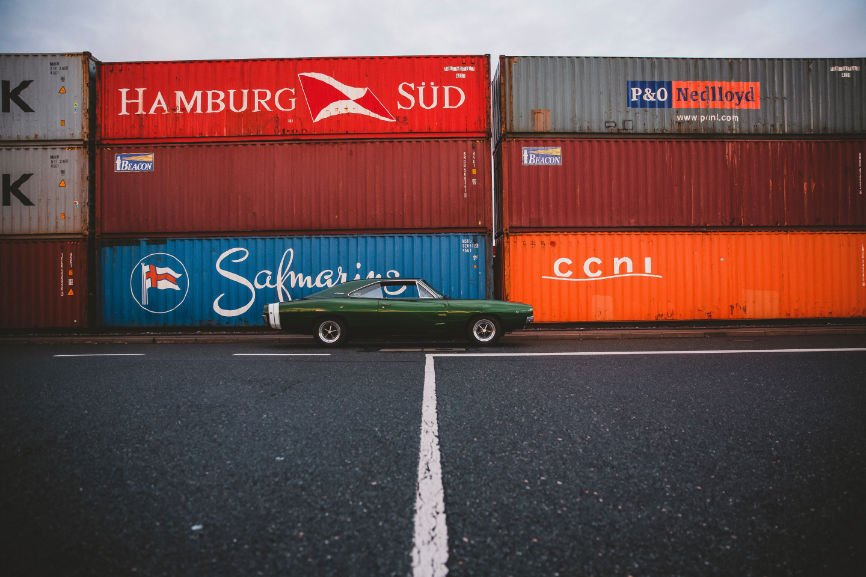 Shipping a car, Moving across country, Furniture movers, shipping providers, shipping your car
