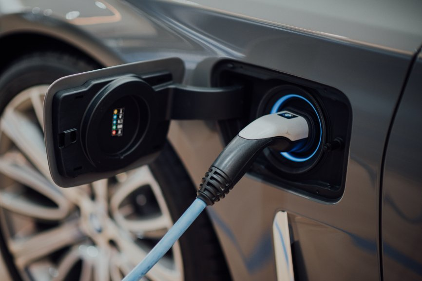 hydrogen fuel cell vehicles, hydrogen fuel cell, Combustion Engines, What makes a hydrogen car, hydrogen powered vehicles