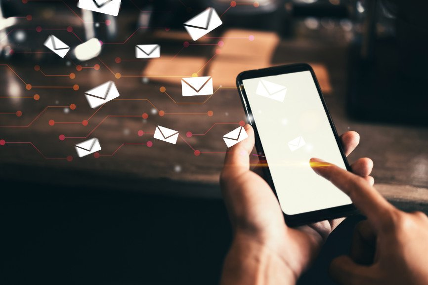 using SMS for business, SMS for business, Maximize Use Of SMS, Use SMS To Confirm Orders, Use SMS To Provide Delivery Updates