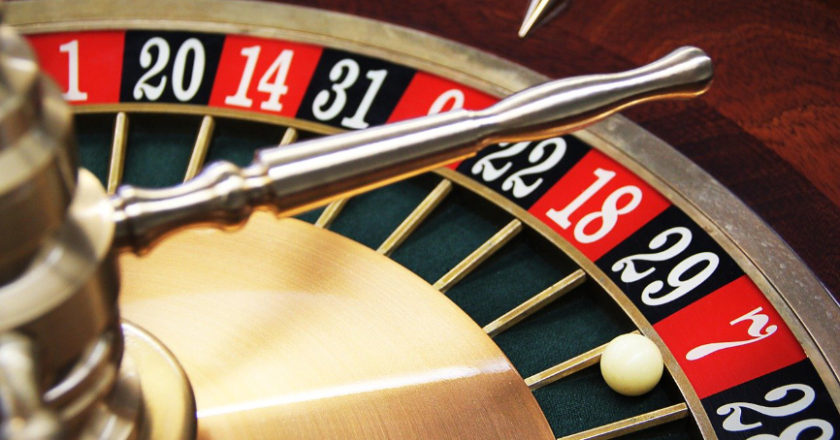 guide to casino gaming, casino gaming guide, gaming budget, Gaming Beginner, How to play at online casino