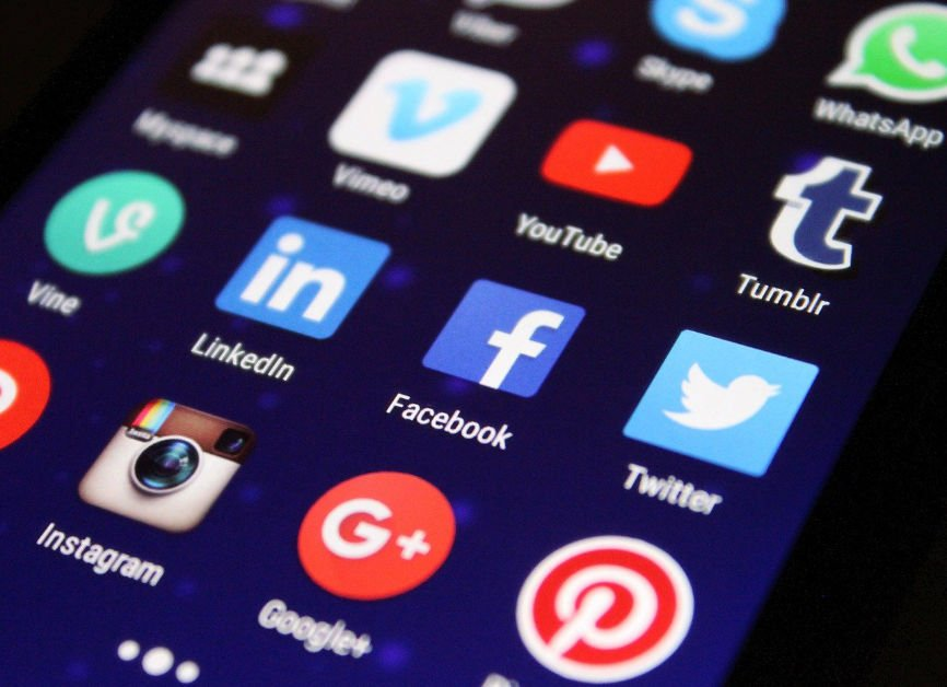 """How to Add Social Media To a Website, Adding Social Media Feeds to a Site, Including """"Like"""" or """"Share"""" Buttons, Social Media Icon Links, Social Media Integrations"""