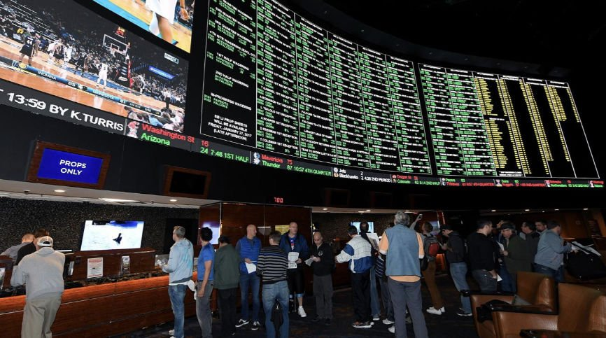 Sports Betting, Online Sports Betting, Technology Improves Sports Betting, BLOCKCHAIN AND BITCOIN in gaming, Two-factor authentication