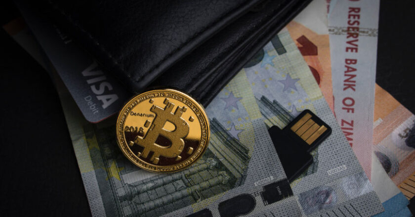 Bitcoin on top of other currencies