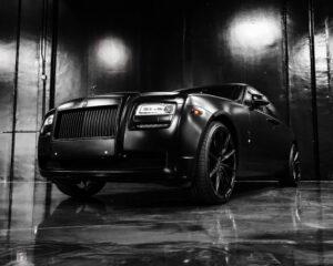 Dark image of car, front