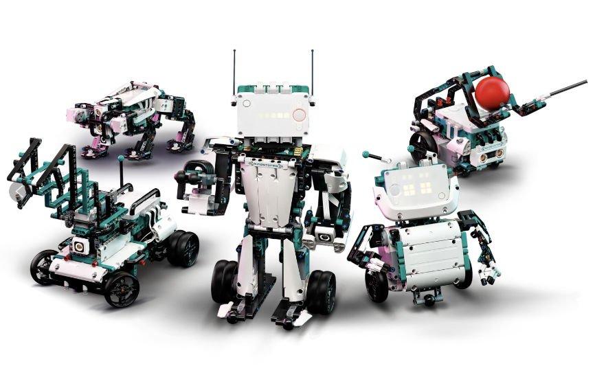 5 Different Lego Robots