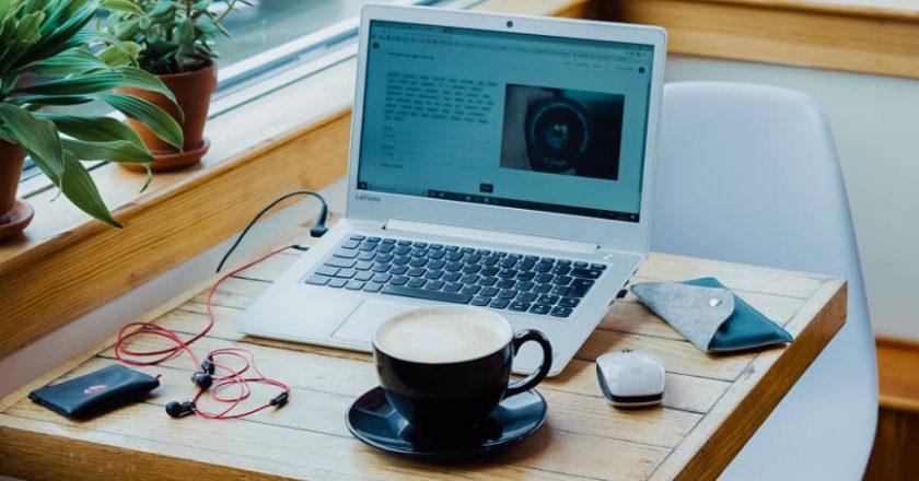 Freelancer remote work station