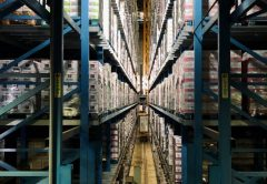 Warehouse as opposed to Cross-docking