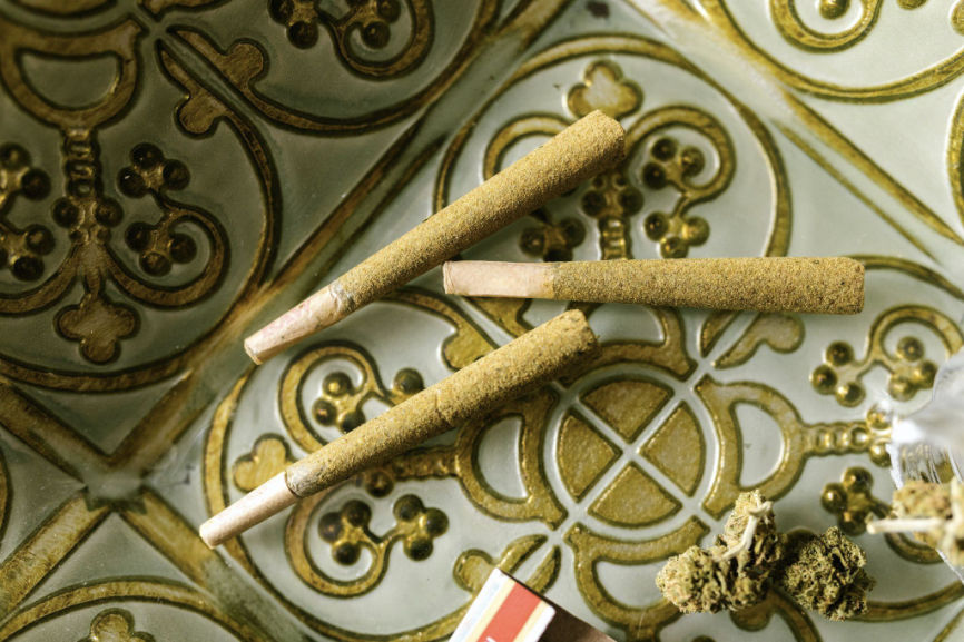 3 pre-rolled joints